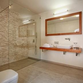 pokoj č. 2 koupelna
