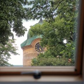 pokoj č. 3 violka - pohled z okna na zámeckou věž